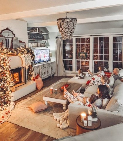Fancy Family Room Design Ideas That Make You Cozy 02