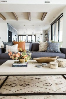 Fancy Family Room Design Ideas That Make You Cozy 13