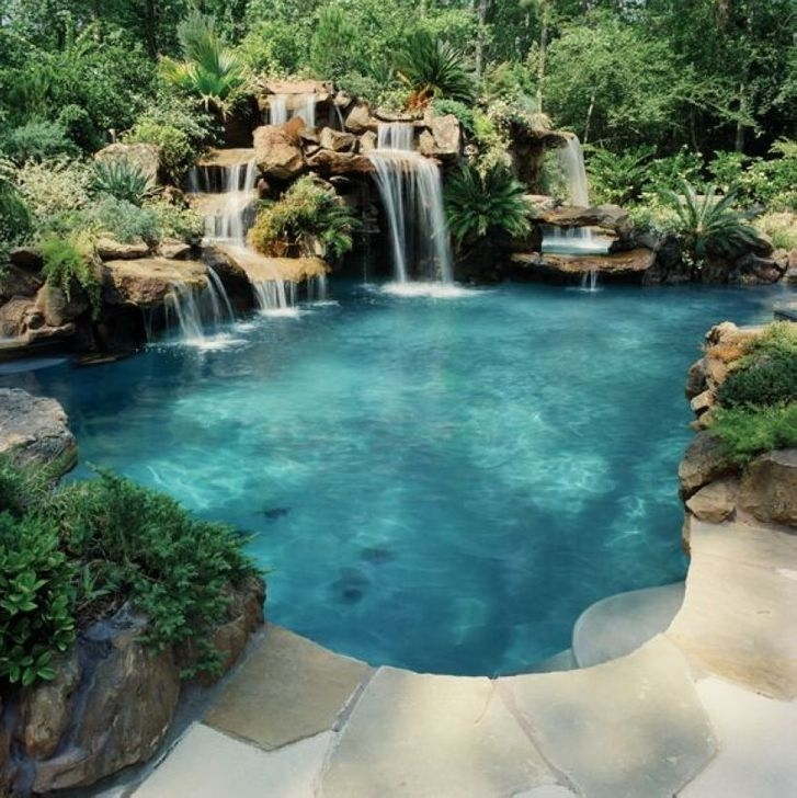 Glamorous Garden Design Ideas With Swimming Pools 25
