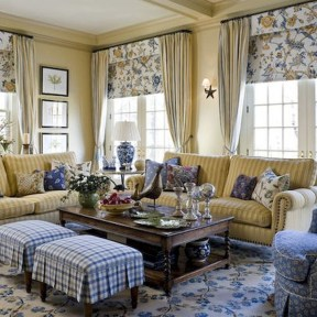 Inspiring French Living Room Decorating Ideas 21