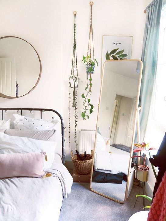 Newest Bedroom Furniture Ideas To Get The Farmhouse Vibe 46