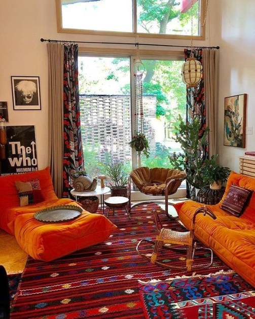 Relaxing Living Room Design Ideas With Orange Color Themes 24