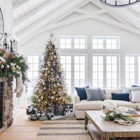 Rustic Living Room Decoration Ideas With Some Ornament 24