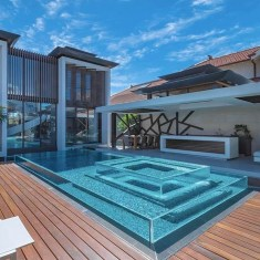 Comfy Backyard Designs Ideas With Swimming Pool Looks Cool 16