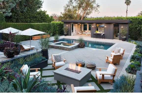 Comfy Backyard Designs Ideas With Swimming Pool Looks Cool 38