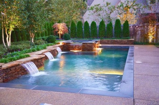 Creative Swimming Pools Design Ideas For Your Yard 01