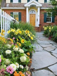 Gorgeous Landscaping Design Ideas For Beginners 03