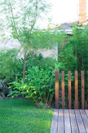 Gorgeous Landscaping Design Ideas For Beginners 44