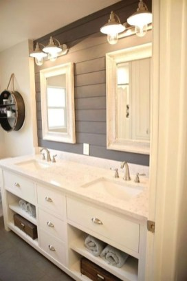 Lovely Farmhouse Bathroom Makeover Ideas To Try Right Now 34