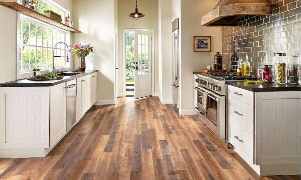 Rustic Wood Floor Ideas For Amazing Kitchen 17