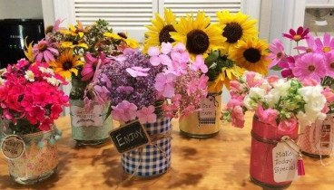 Splendid Diy Flower Vase Ideas To Add Beauty Into Your Home 39