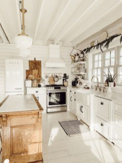 Stylish Farmhouse Kitchen Design Ideas To Bring Classic Look 02