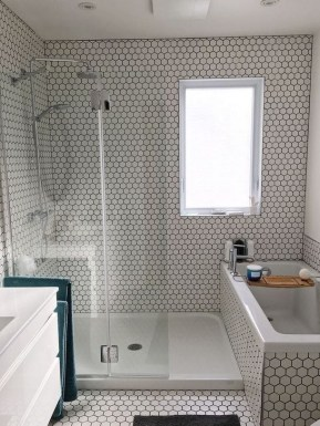 Unique Small Bathroom Remodeling Ideas On A Budget 24