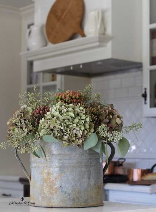 Captivating French Country Home Decor Ideas For You 01
