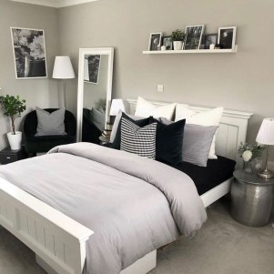 Comfy Small Bedroom Ideas For Your Son To Try 27