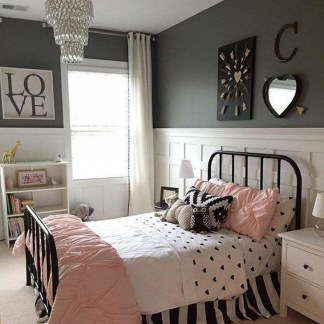 Delightful Bedroom Designs Ideas With Dark Wall That Breaks The Monotony 06
