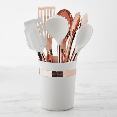 Hottest Copper Rose Gold Kitchen Themes Decorations Ideas 15