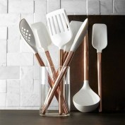 Hottest Copper Rose Gold Kitchen Themes Decorations Ideas 34