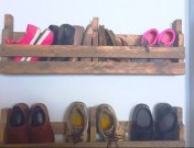 Relaxing Wooden Rack Ideas To Be Applied Into Any Home Styles 16
