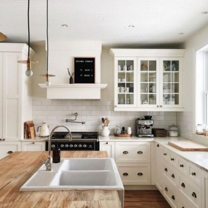 Trendy Tiny Kitchen Design Ideas That Looks Elegant 33