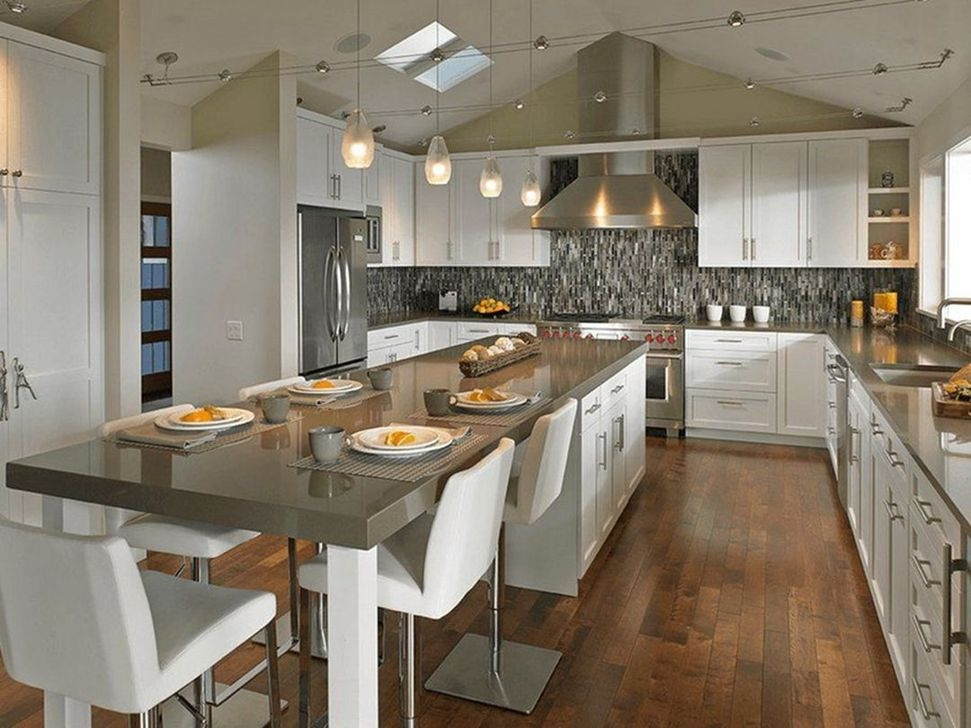 Unordinary Farmhouse Style Kitchen Island Ideas 24