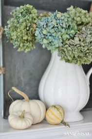 Unordinary Home Decoration Ideas For Fall To Try 32