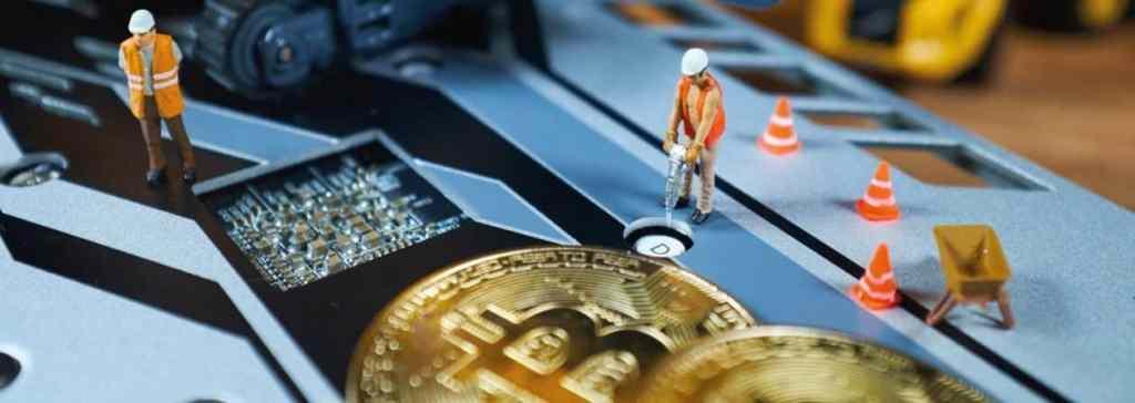 Finra Multa e Suspende Ex-Banqueiro por Mineração de Bitcoin.