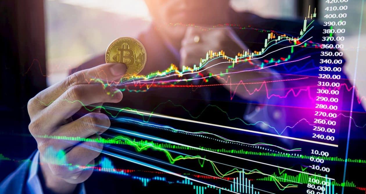 Bitcoin atingiu o seu nível mais alto em quase um ano no mês passado