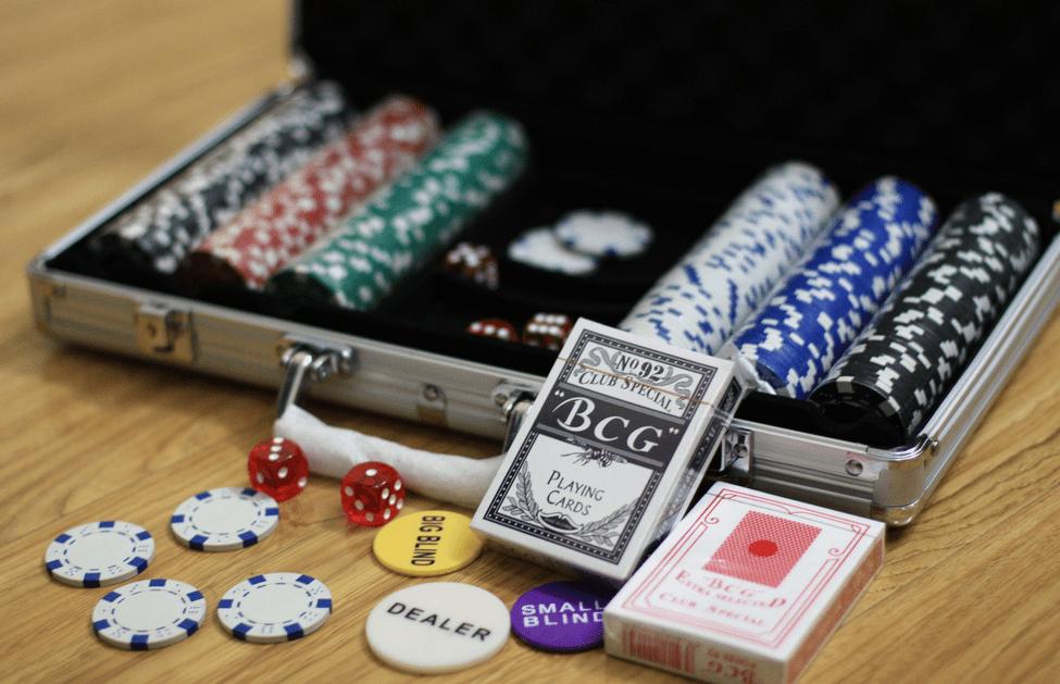 Ini Dia Trik-trik Yang Sering Dilakukan Pada Setiap Pemain Poker Profesional