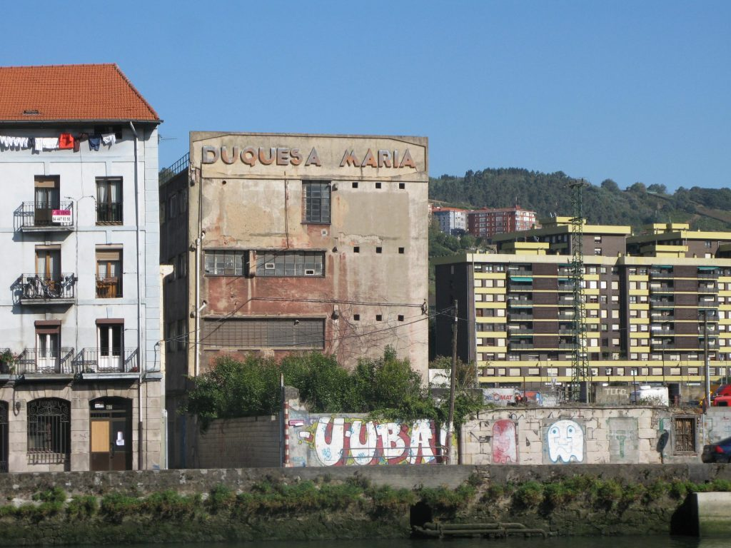 Duqesa Maria - sign on derelict factory
