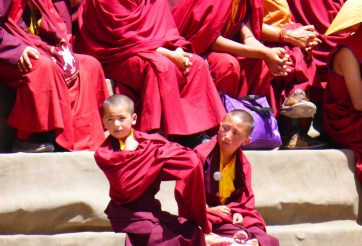 young monks waiting...