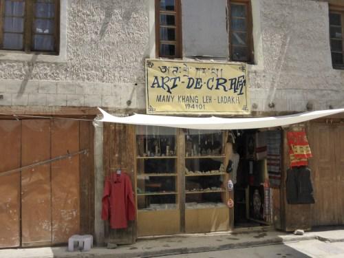 Art - De - Craft shopfront