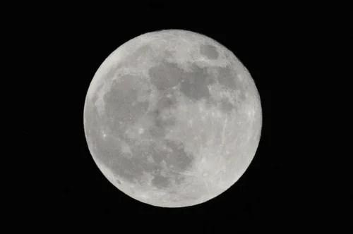 TAMRON model A005で満月撮ったった