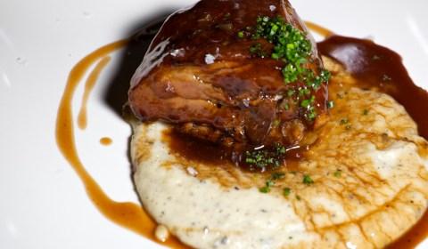 Cordero con puré de patata, delicioso, plato de carta, menú, restaurante, 9 Granados