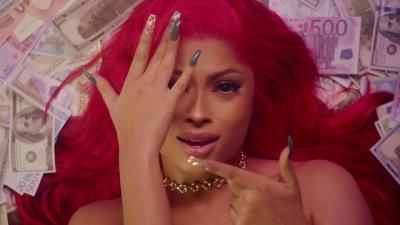 VIDEO: Lola Rae - Shower Me