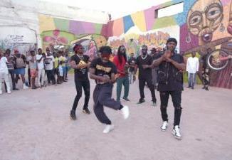 VIDEO: R2Bees ft. Sarkodie - Yawa