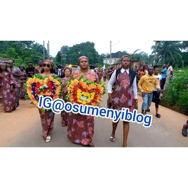 Prince Nicholas Ukachukwu's Elder Brother buries Wife (photos)