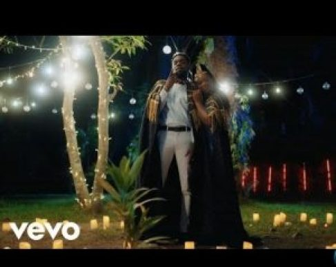 """Award-winning Nigerian Dancehall and afrobeat singer, Patoranking comes through with the official music video titled """"Mon Bébé"""" featuring Flavour Watch and download below."""