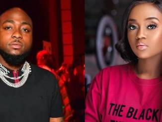Davido Allegedly Breakup With Chioma, Returns To First Babymama