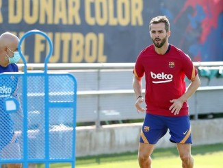 Barcelona can't find suitor for Bosnian star as Mourinho snubs move