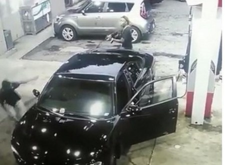 Horror as Two Men Start Shooting at Eachother in Broad Daylight at a Gas Station (Video)