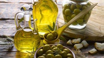 10-advantages-of-lemon-key-oil-and-its-key-uses