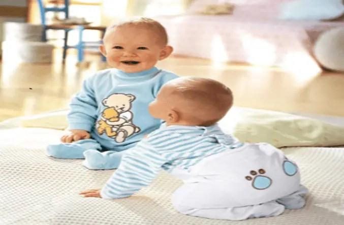 معلومات مهمة عن مهارة التحكم بالرأس للطفل