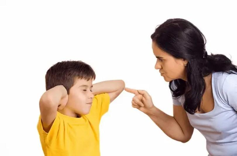 إذا قمت بتهديد طفلك تابعي تهديدك له ولا تتراجعي
