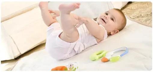 تطور الطفل بالشهر السادس