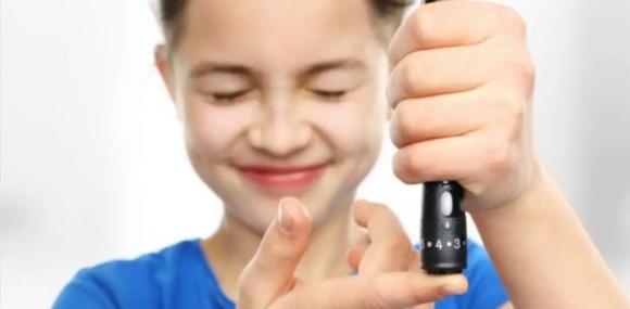 ملف شامل عن مرض السكري لدى الأطفال.. أسبابه والمخاطر المحتملة وعلاجه