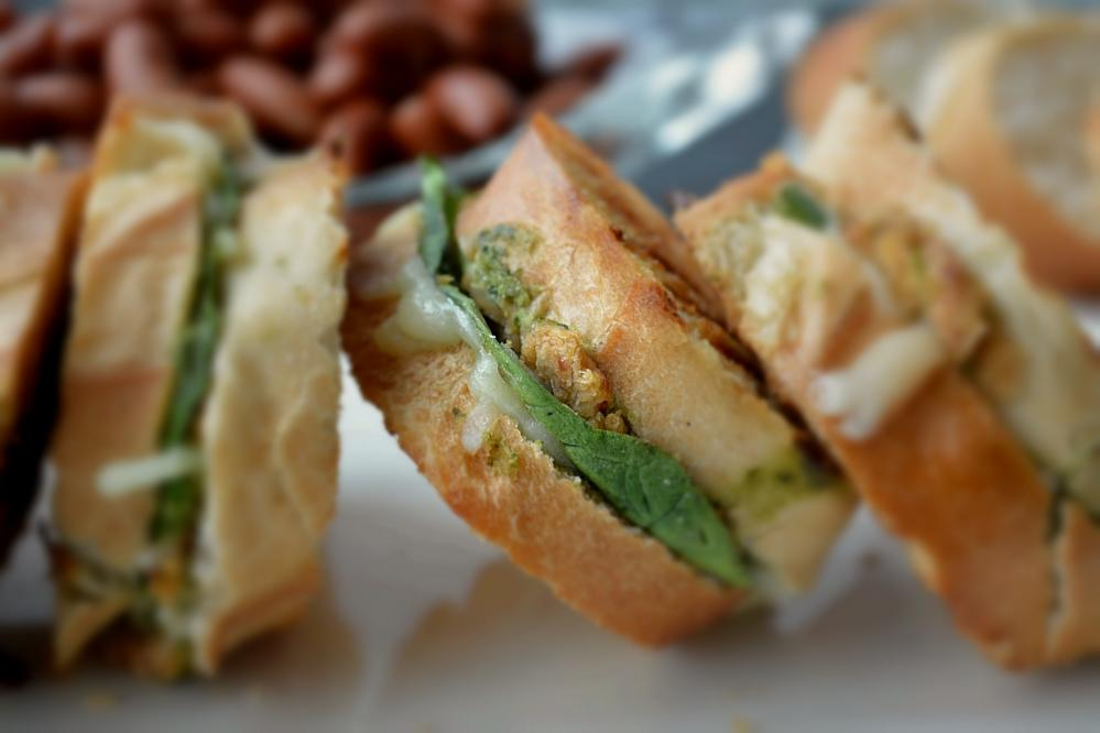 Vegetarian bruschetta Bean Sandwich 9Mood Recipe 3