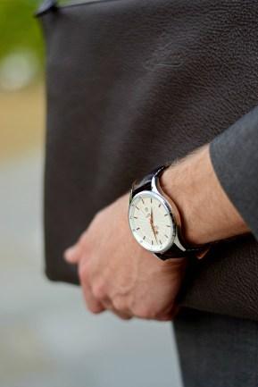 srebrny zegarek męski