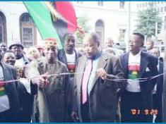 Chukwuemeka Odumegwu Ojukwu at the commissioning of Biafra House