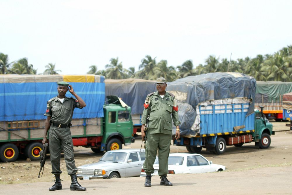 Nigerian Security Operatives Intercepting Goods At Borders